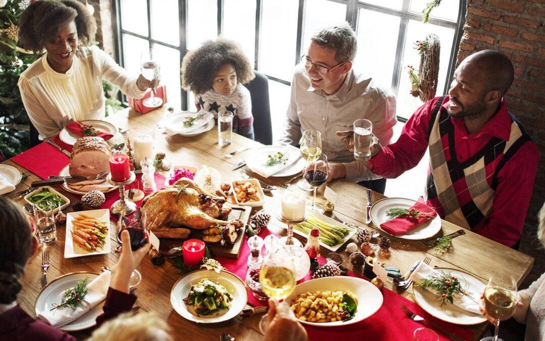 Un repas de Noël réussi grâce au savoir-faire d'un traiteur de luxe